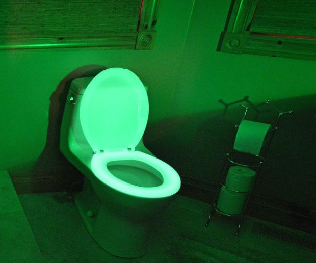 glow-in-the-dark-toilet-seat2